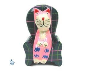 Katt i fåtölj 4